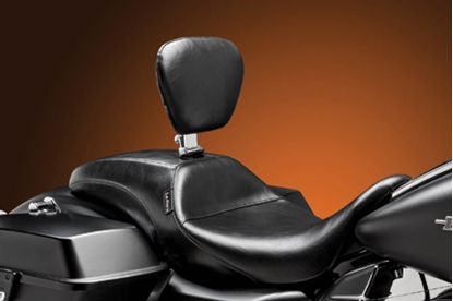 Picture of OUTCAST SEAT WITH BACKREST FOR TOURING MODELS